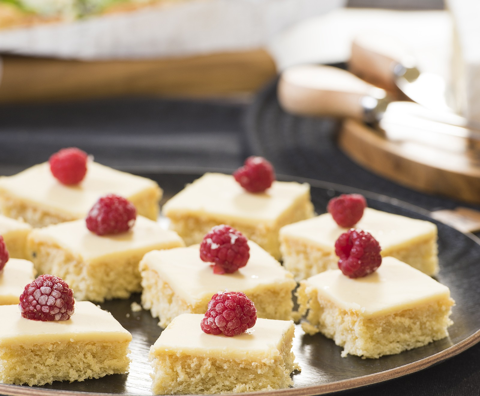 White chocolate cake squares